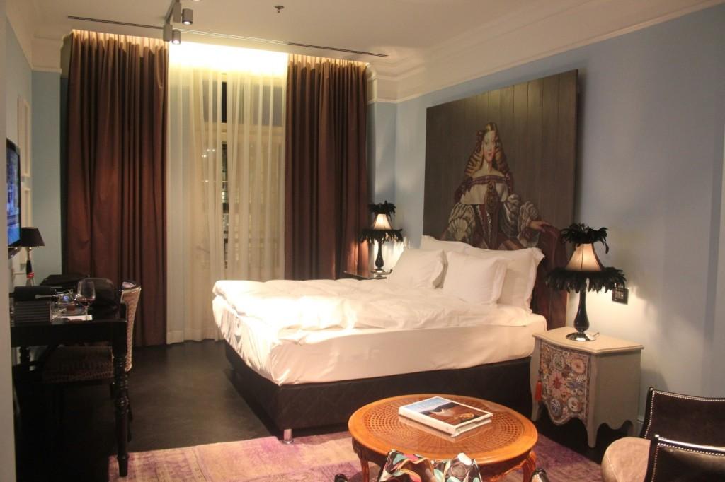 003-room (Large)
