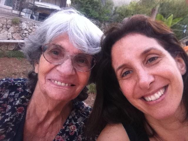 סלפי. סבתא שרה ואני